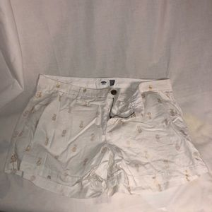 White pineapple print shorts